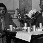 Hommage aux victimes de la Shoah http://t.co/WEOqoXVQO6 http://t.co/sPT7fe02Jj