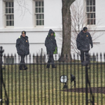 Small drone recovered after landing on White House grounds: http://t.co/9q6IVZ5c4L - @PierreTABC http://t.co/bounAN6oOT