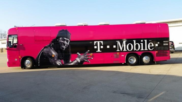 Outspoken mavericks unite: Richard Sherman inks endorsement deal with John Legere's T-Mobile http://t.co/opMzOOsQsW http://t.co/Xbn2AortaJ