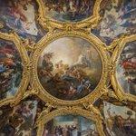 Lundi, #jourdefermeture, le plafond du Salon dApollon restauré pour lexposition Charles de La Fosse. http://t.co/HhPy0BMbPy