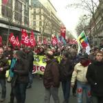 Loi Macron : manifestation à Paris contre le travail le dimanche http://t.co/rXTIAGT1B4 #AFP http://t.co/TdiCw1o8HP