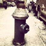 RT @NYCWater When shoveling snow, remember to keep fire hydrants clear & visible. Stay safe & warm NYC! #SafeNYC http://t.co/ApW5lXBQ19