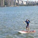 Publicitário vai para o trabalho de stand up paddle no Espírito Santo http://t.co/riDmD7g5TU #G1 http://t.co/4DQBca7Glc