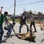 Free Kashmir And Say No To Indian Terrorism In Kashmir....#SirajInKashmir http://t.co/knIt6XKqBR