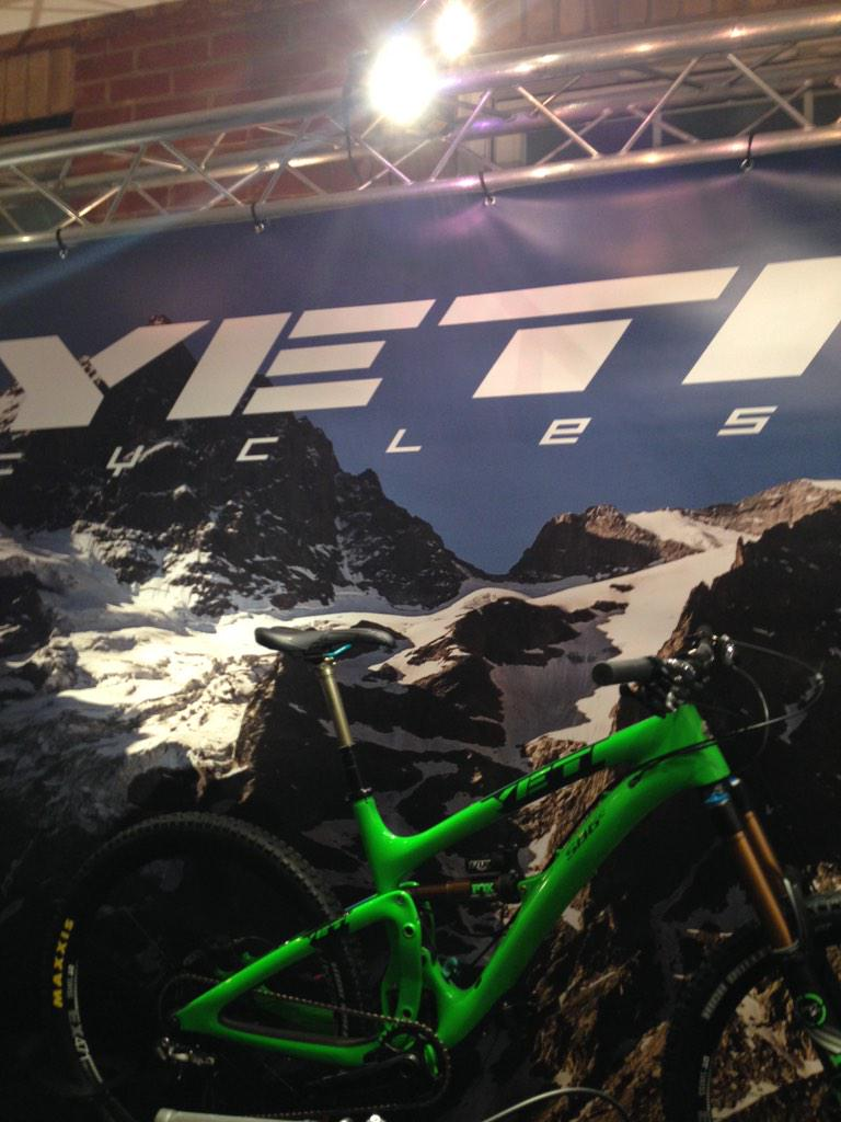 Bike of the show. @YetiCycles SB-6 on display in @SilverfishUK room @CoreBike2014 http://t.co/VFW2COfy3E