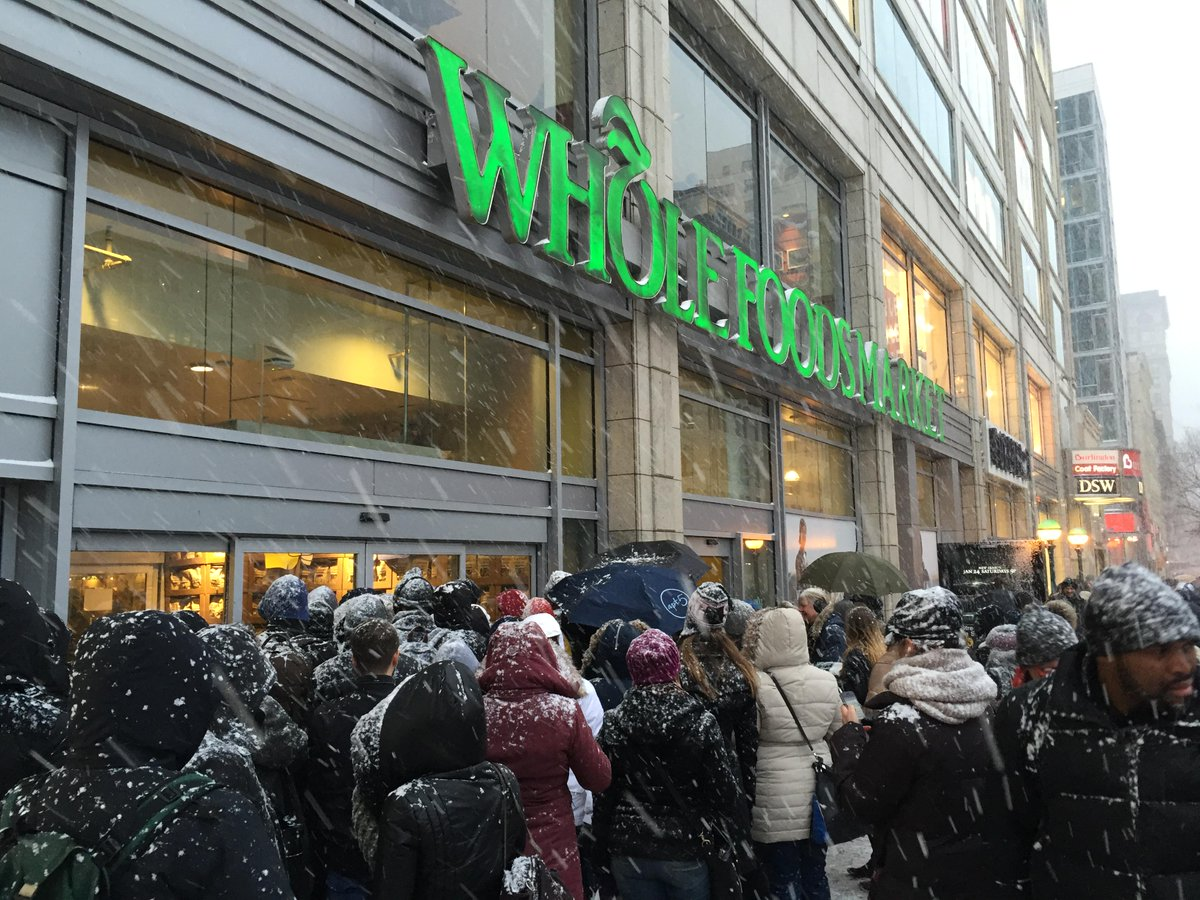 This is the scene outside the @WholeFoods in Union Square, NYC right now. Chaos. (photo by @acpants) #blizzardof2015 http://t.co/Kg7rDLaOVG