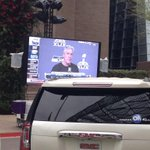 Its nice to walk down the street and see your favorite coach! In AZ! #GoHawks #SuperBowl #Q13FOX http://t.co/AMosEi4KS9