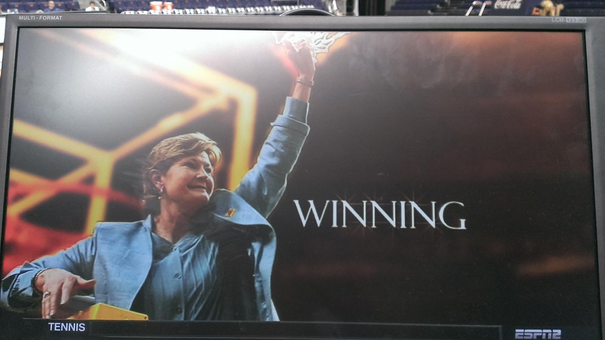 Win with people, win with character, win with dignity...what a proud and honorable legacy @patsummitt #WeBackPat http://t.co/mr7zPdLZG3