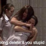 When your friend takes an ugly picture of you  😳😡😂😂 http://t.co/56chsUQf0v