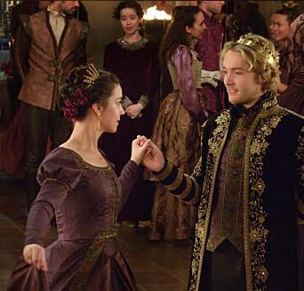 Frary dance + Conde and Lola on the sidelines = this is life http://t.co/4nU3Fr4lxM