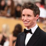 Eddie Redmayne got a mini facial before the #SAGAwards and were all about it: http://t.co/iWKiTfYzi0 http://t.co/ry84UYsaUL