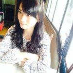 Udah lama gak ketemu mami @melodyJKT48 kok bisa cantik ya(?)hahahah💓  久しぶりにマミーに会った^ ^ 綺麗になった?笑っ http://t.co/OV2pjL0Ldg