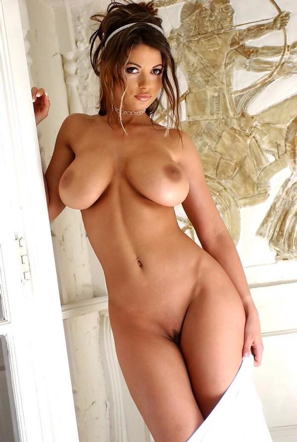 Актрисы российского кино с большой грудью порно фото, порно страсти мужчины