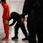 Inmate dies in S.F. County Jail confrontation with deputies over envelope: http://t.co/ui9zJXfU7L http://t.co/FN21qWNuAz