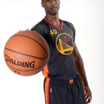"""""""@nbcbayarea: #Warriors unveil Chinese New Year uniforms. http://t.co/B4HOYBfI0J http://t.co/Emypb8lp09"""" a bloop bloop ... #Wet"""
