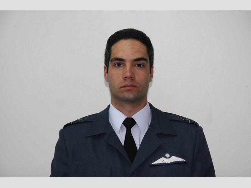 Σμηναγός Παναγιώτης Λάσκαρης 35 ετών, 1459 ώρες πτήσης.  Σκοτώθηκε χθες στην #Albacete Ισπανίας #F16 http://t.co/tyC4tAGJi8
