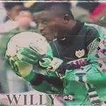Se hace oficial el fallecimiento de nuestro Willy esta misma mañana.Sus hijos llegan mañana procedentes de Nigeria. http://t.co/lxT1X7XUNm