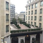 Good morning from rainy #paris http://t.co/uVczgALtZB