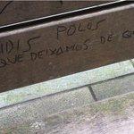 Interesante pintada en un banco de Juan Flórez. La duda es si es sujeto u objeto directo. #Coruña http://t.co/v7x07yIvMv