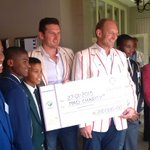 RT @dannicholl: Big boost for @MADCharitySA: @GraemeSmith49 hands over cheque for R210 000 raised by @CrickSixes to Francois Pienaar. http:…