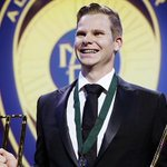 Steve Smith scoops the Allan Border Medal as well as top ODI & Test player of the year awards http://t.co/nYurWoeWbx http://t.co/1lqF7zDyLl