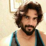 RT @merjocool: @ActorMadhavan  naan unga biggest fan sir... Ungallukkagave twitter create pannen... Waiting for your Tamil movie http://t.c…