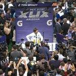 A couple of people want to talk to Tom Brady. #SBMediaDay http://t.co/MIk0zYvXoM