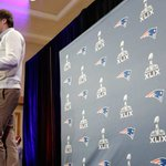 Bradys future. NFLs top RB. And geniuses? 13 takeaways from Monday at the @SuperBowl http://t.co/uzADS764ZM #SB49 http://t.co/har4kiA94l