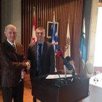 Mayor OKeefe & Mayor of HV-GB Jamie Snook @jamiesno sign Letter of Intent to pursue opportunities of mutual interest http://t.co/TJGxcajwKI