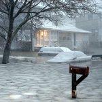 PHOTOS: #Snowmageddon2015 blankets the Northeast: http://t.co/qL3Sl8VwFd (Photo: Michael Dwyer, AP) http://t.co/cicG6CJvYh
