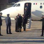 #Morenes recibe a su homólogo francés @JY_LeDrian en la base aérea de Los Llanos #AccidenteF16 http://t.co/ta2eFdsFtR