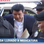 Alejandro Moncada Luna fue llevado hoy a Medicatura Forense. Detalles en #EdiciónMediodía http://t.co/axGltYQUy1