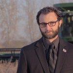 """@scottsiepker: BRAND NEW VIDEO: Iowa Nice Guy returns with #FarmerNice. http://t.co/wr2R2fsZd2 http://t.co/Fx1GJCGpnK"" @Richard_XL"