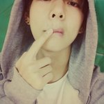 """@BTS_twt: 아이고 뾰루지야..하필 오늘 http://t.co/nEXRe1ts48"""
