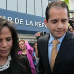 Chichi de Obarrio se va huyendo del país. http://t.co/6eJxE1GjLp http://t.co/vBNoETk37v