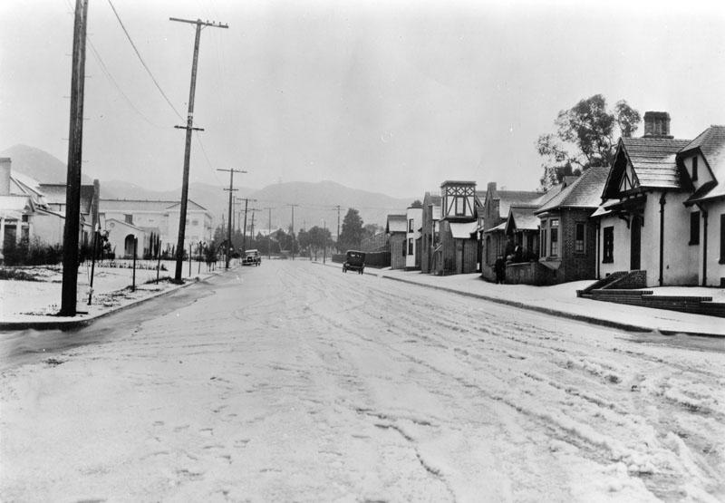 A snowstorm in Los Angeles? It's happened. http://t.co/5zt9DorG3B #LAhistory http://t.co/gPNCrInCrD