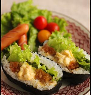 NHK「あさイチ」で今朝紹介された「おにぎらず」。レシピブログでもたくさんのレシピを掲載しているのでぜひ遊びに来てくださいね~。 http://t.co/8rsKcBVpCw http://t.co/4WGhehjDw2