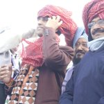 Amazing Crowd Support to .@DrKumarVishwas and .@ArvindKejriwal at Mundka Jansabha. http://t.co/6302POlufy