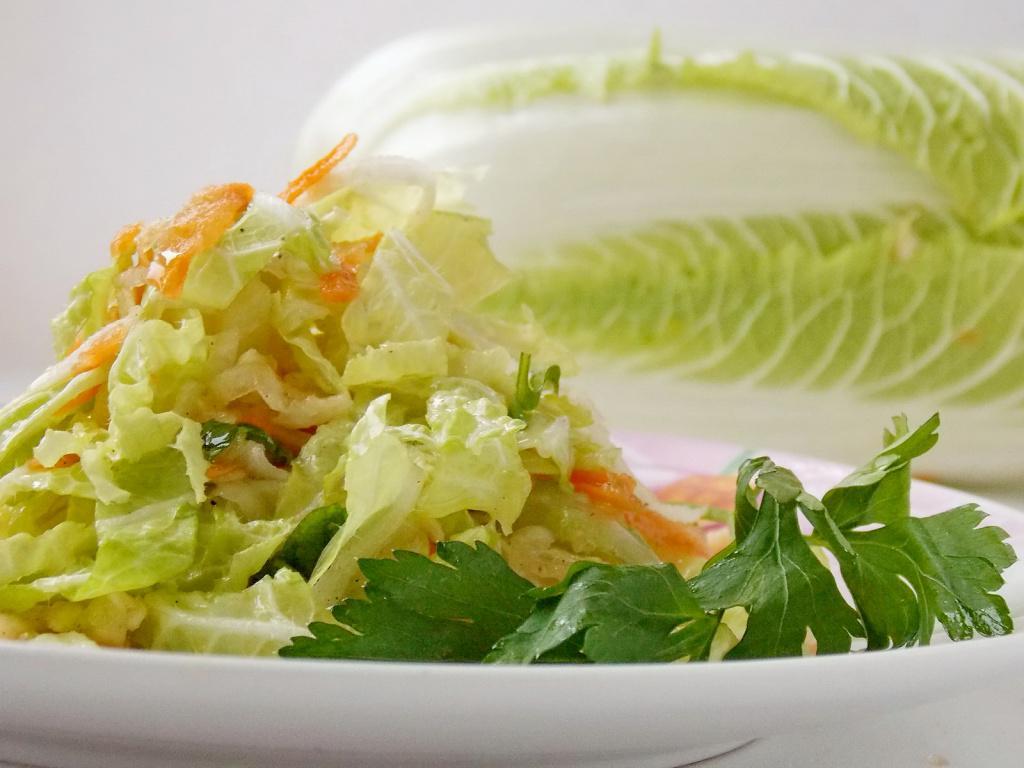 Салат с пекинской капустой с фото пошаговый