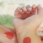 Após se conhecer pelo Tinder, casal do RS faz tatuagem do aplicativo http://t.co/KR1CUMdFyX #G1 http://t.co/1ksk5SV1nC