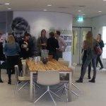 Ons kantoor druppelt vol met deelnemers workshop #Contentkalender. Er op 18/02 zelf bij zijn? http://t.co/1aWqqrcHe2 http://t.co/Rv1bAp8Ewy