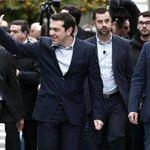 Agenda oficial del Gobierno de Tsipras: capea, ducha en el hotel, tapeo por Logroño y a putas. http://t.co/ARD4CDzfIf