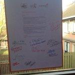 Hoera! Voorleesalliantie Utrecht ondertekend door @030VoorleesExpr @GemeenteUtrecht @Bibliotheek030 @Taaldoetmeer ea http://t.co/D47C98QfCC