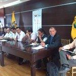Gdor. @CavoZambrano y autoridades @MinInteriorEc    @AgriculturaEc @AgrocalidadEC @maeeloro en reunión con @uoppao http://t.co/14uqdg7UdF