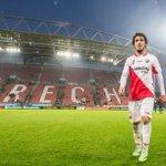Het kantoor van FC Utrecht is maandagavond overvallen. Er is een groot bedrag buitgemaakt.  http://t.co/vI99klq7MO http://t.co/5PKVrs9P4s