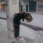 Questa è l#ArabiaSaudita. Una donna se denuncia uno stupro viene umiliata pubblicamente e poi frustata in carcere. http://t.co/WpA1nx9aXF