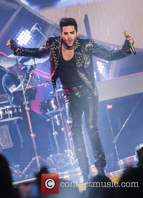 UK continues to be rocked by #Queen & #AdamLambert on their #worldtour #seepics @LambritsUK http://t.co/n3iyZiGprI http://t.co/5x6TqvITyh