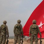 Twitter / @ntv: Kobani sınırına dev Türk b ...