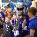 Duyvenkamp 1e bij #schoolzwemkampioenschap Zwolle Festival 1 2e, Vlieger 3, team 1 3e @swol1894 #zwembaddevrolijkheid http://t.co/DVY3WC6U7s