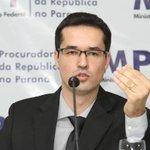 MPF: empreiteiras não são vítimas, mas protagonistas do esquema de corrupção. http://t.co/0f9WSQ6xh6 http://t.co/dKVaXLbSlf